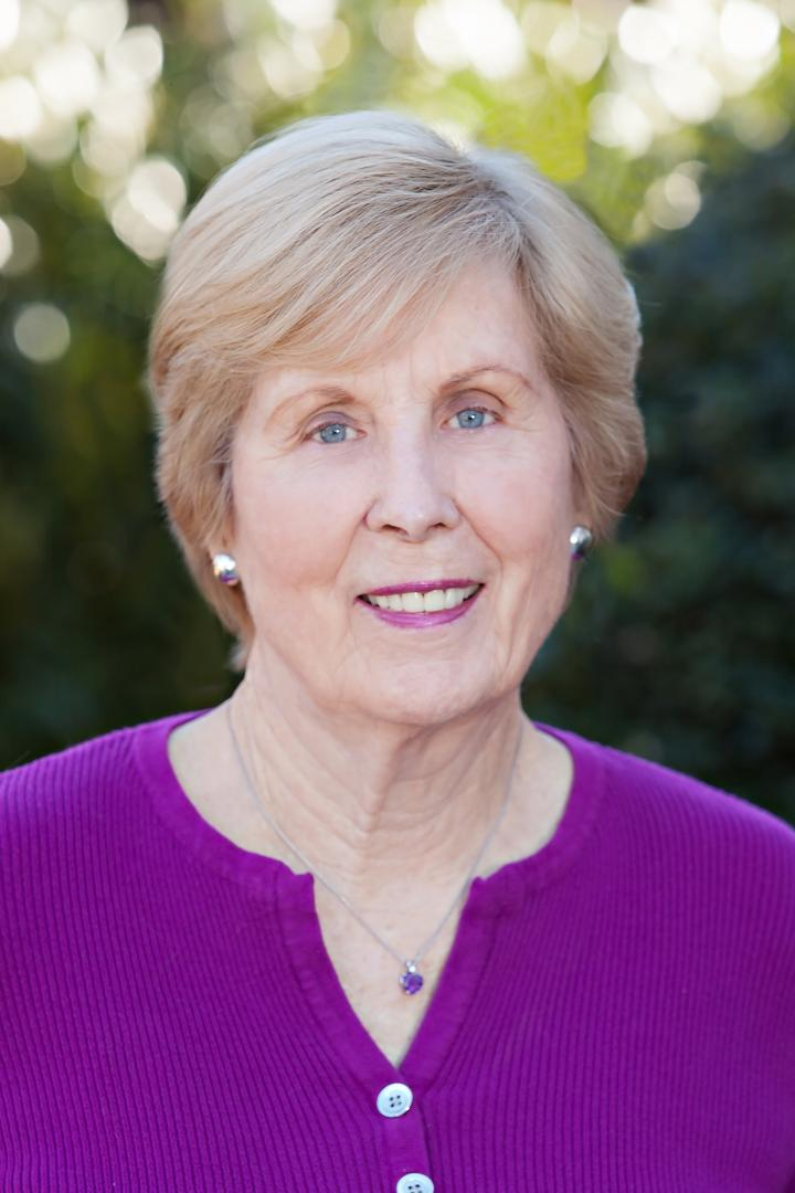 Joan King Golf Coach